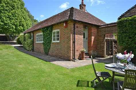New Forrest Cottages by New Forest Cottages