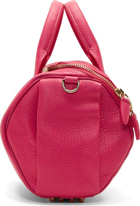 Yumi Sling Bag wang fuchsia metallic grained leather rockie