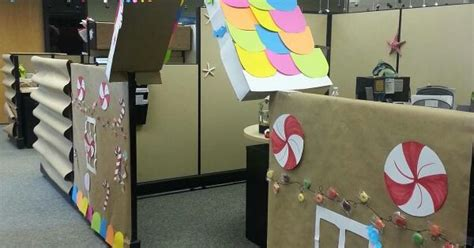 gingerbread house office cubicle decorations cubicle decorations gingerbread house shindig cubicle gingerbread and
