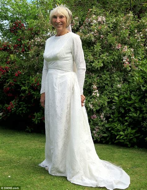 how should a 50 year old dress wedding dresses for 50 years old bride wedding dresses