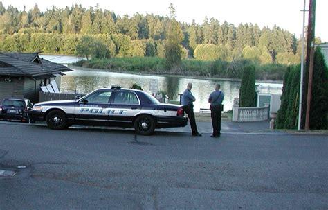 public boat launch near edmonds wa small pipe bomb found at lake ballinger boat launch my