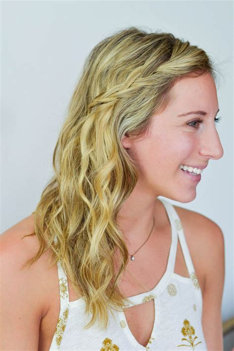 15 of the best hairstyles for hot humid weather brit co how to style hair in humidity