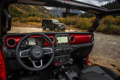 new jeep design 2018 jeep wrangler jl interior detailed in new photos