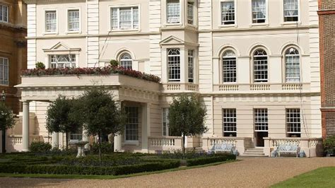 clarence house london clarence house sightseeing visitlondon com