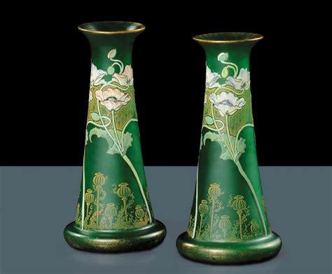 vasi liberty manifattura francesecoppia di vasi liberty in vetro verde
