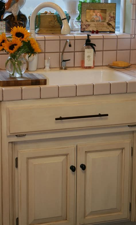 Kitchen Cabinets With Chalk Paint Linen Chalk Paint Kitchen Cabinets Www Pixshark Images Galleries With A Bite