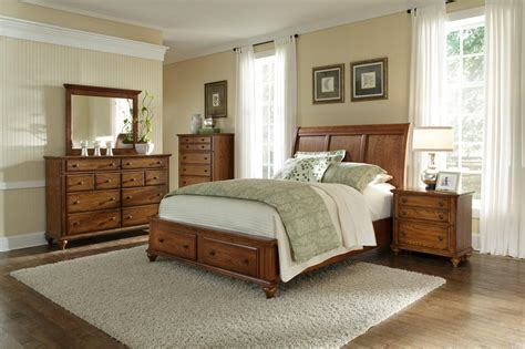 broyhill furniture bedroom sets bernie and phyls mattress serta delicate moon king
