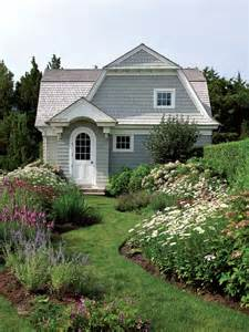 charming cozy gambrel cottage old house online old