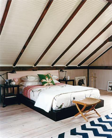 dachschräge schlafzimmer schlafzimmer mit dachschr 228 ge 34 tolle bilder