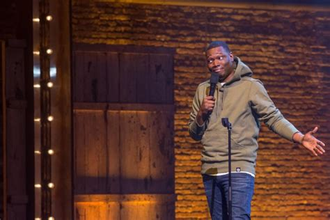 michael che comedy show michael che talks quot all lives matter quot in funny netflix clip
