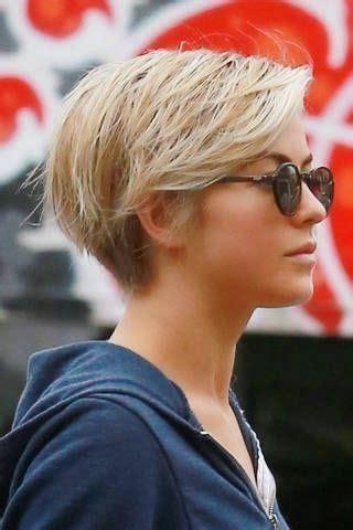 kurzhaarfrisuren damen  mit brille haarschnitt