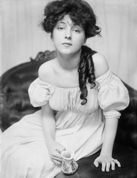 girl in the red velvet swing evelyn nesbit the girl in the red velvet swing photograph