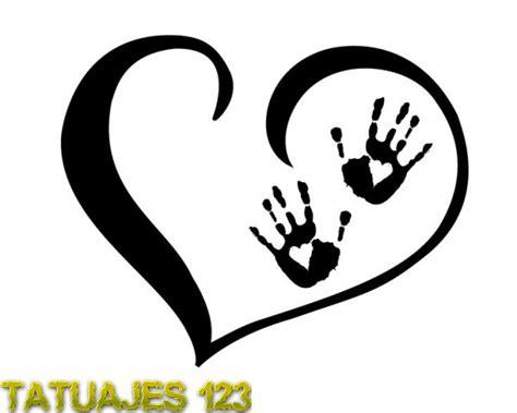 love family smaller on a finger water color mark behind coraz 243 n con huellas tatuajes 123