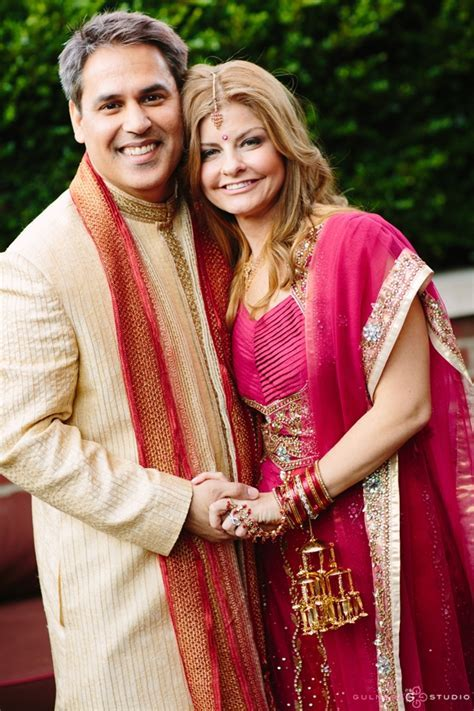 Say Yes to the Saree: 5 Tips for the Multicultural Bride