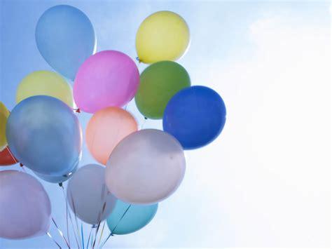 gambar gambar balon  warna warni cantik