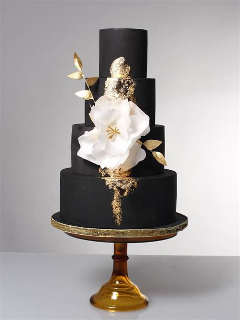 Black Wedding Cake Flowers by 20 Wedding Cakes That Add A Flair To The