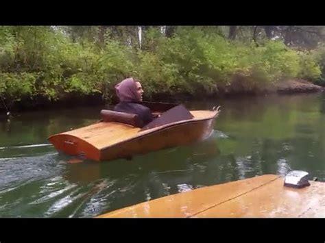 mini electric boat plywood mini boat electric inboard cruise rain youtube