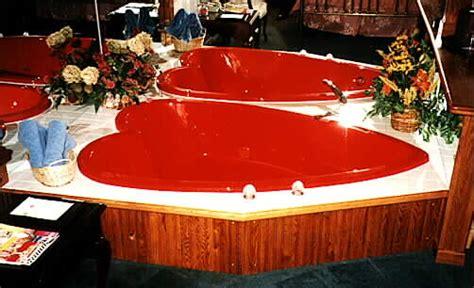 heart bathtub village haven motel heart shaped bath suites