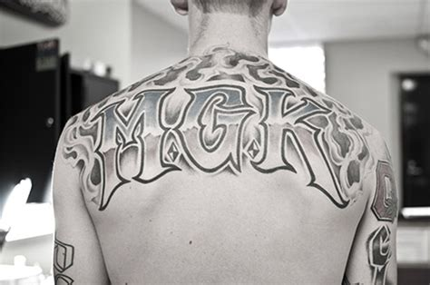 pics for gt mgk back tattoo