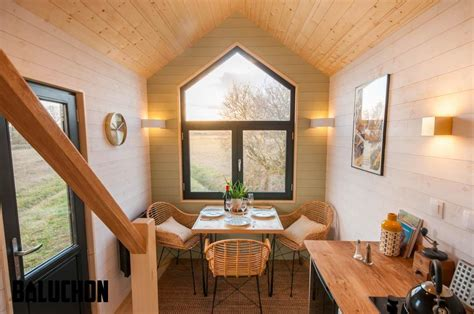 huis kopen in quebec the quot cayman quot a huge 45 gooseneck tiny house by tiny