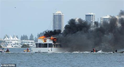 houseboat on fire gold coast houseboat bursts into flames as good samaritans use their