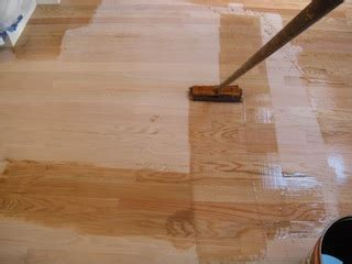 polyurethane finish get a smooth gleaming professional