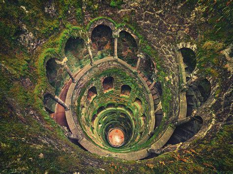 30 escaliers en spirale absolument incroyables dont la