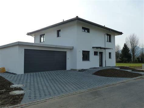 Einfamilienhaus Mit Doppelgarage Modern by Panda Generalbau Gmbh Einfamilienhaus 22