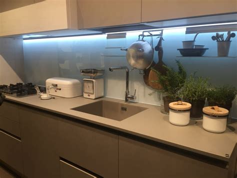 led backsplash how and why to decorate with led lights