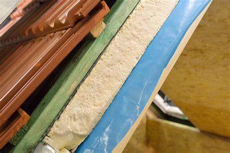 Dak Isoleren Binnenzijde Kosten hoeveel kost het isoleren je dak prijsbepalers en