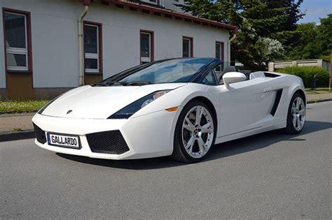 Lamborghini Oder Ferrari by Sportwagen Fahren Lamborghini Oder Ferrari Zum Jga