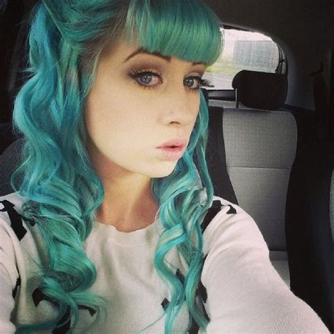 front bangs hairstyles tumblr curled teal hair with short front bangs pastel hair