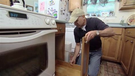 Cleaning Kitchen Cabinet Doors How To Build A Pullout Trash Bin For Your Kitchen Today