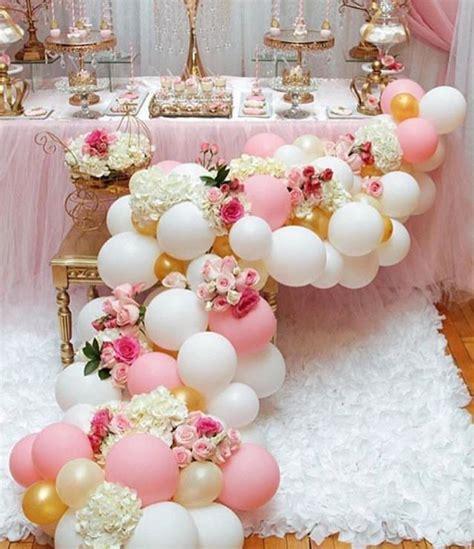 decoracion de folders para comunion 101 fiestas decora tu primera comuni 243 n en colores pasteles elegantes arreglos con globos y flores