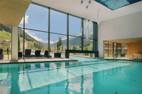 hotel sirmione con piscina interna hotel benessere con spa piscine e saune in alto adige