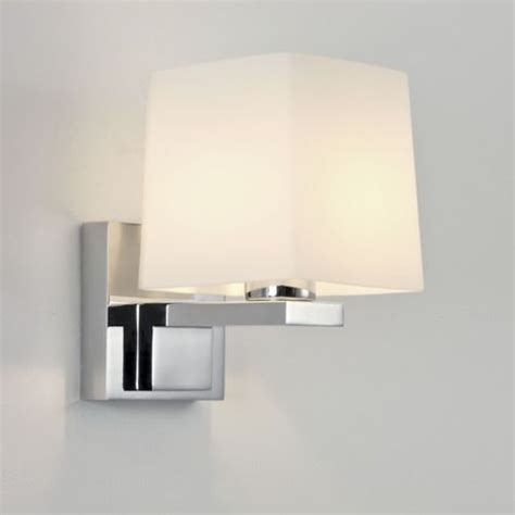 Lights Suitable For Bathrooms 174 Best Bathroom Lighting Images On Bathroom Lighting Polished Chrome And Chrome