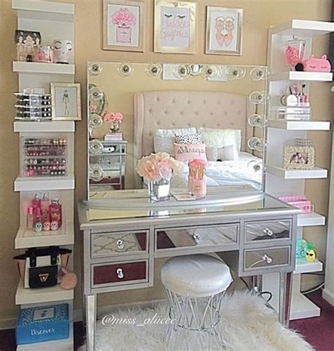 how to make your bedroom 10 best ideas about make up stations on ikea