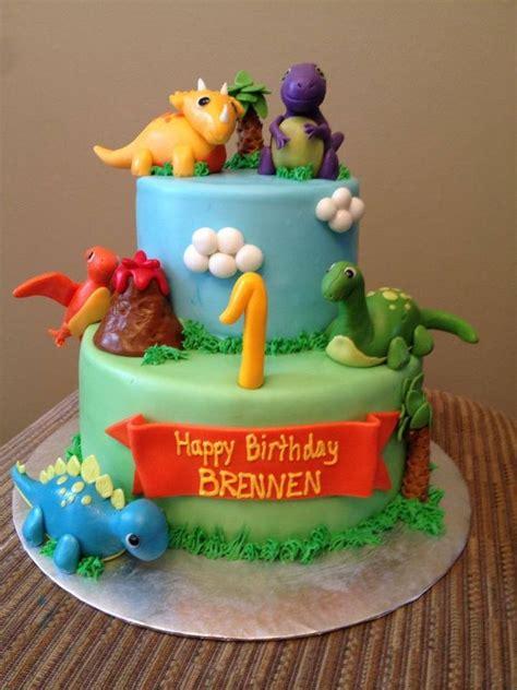 edible dinosaur cake decorations dinosaur decorations