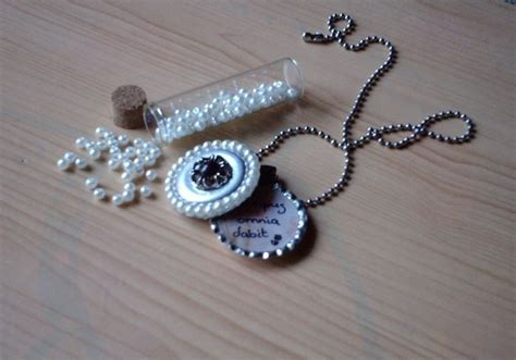 how to make bottle cap jewelry bottle cap locket 183 how to make a bottle cap pendant