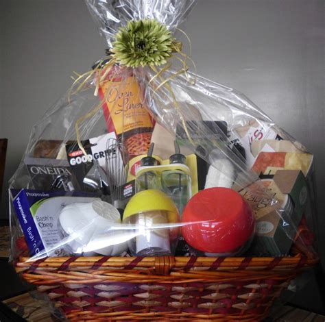 bridal shower gift basket gift ideas