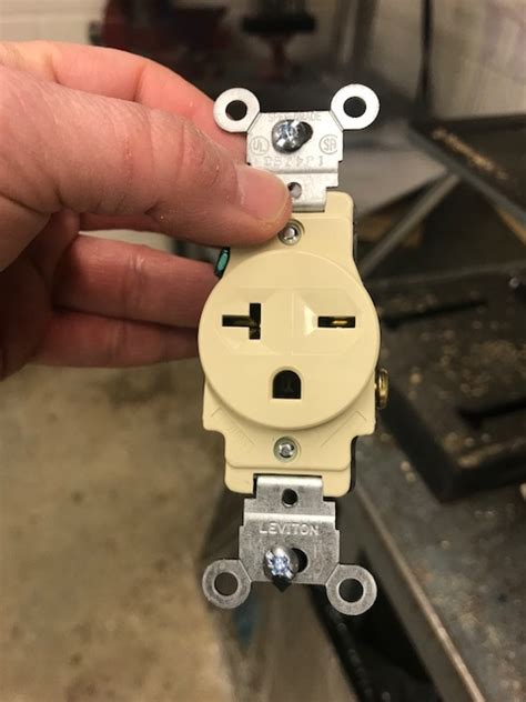 4 wire to 3 wire 250v outlet possible doityourself