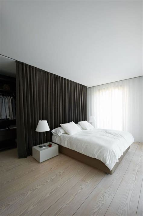curtain divider for bedroom best 25 room divider curtain ideas on pinterest curtain divider bed curtains and dorm room