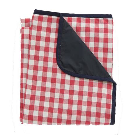 picnic rug large gingham picnic rug by just a notonthehighstreet