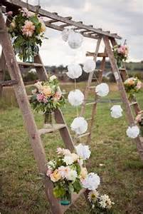 outdoor garden decorations made of wooden ladders ladders upcycling recycling ideas upcycle art