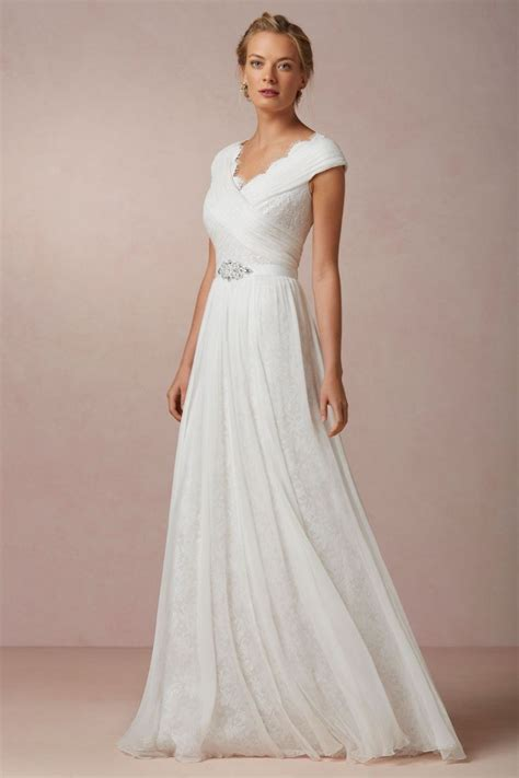 25  best ideas about Wedding Dresses Under 500 on
