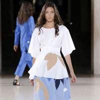Lfw Day One Snapped Suzy Menkes by Richard Nicoll News And Features Vogue