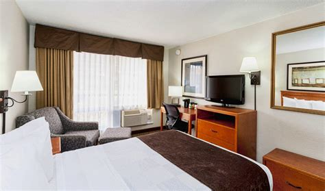 rooms to go duluth downtown duluth mn motel hotel room accommodations