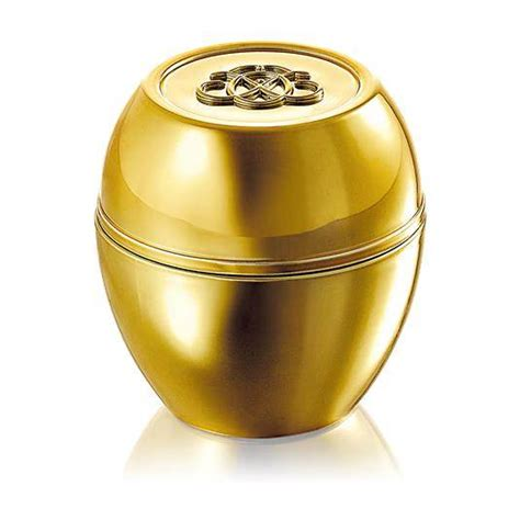 Tender Care Protecting Balm Special Edition tender care gold 50th anniversary edition oriflame shop