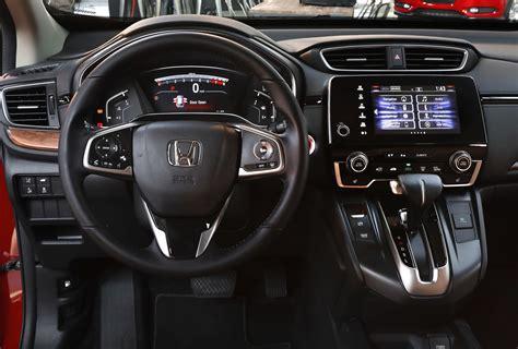 Honda Crv Interior Pictures by 2018 Honda Crv Automatic Honda Small Suv Carstuneup