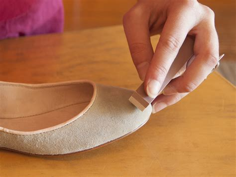 how to clean light suede shoes how to clean suede shoes